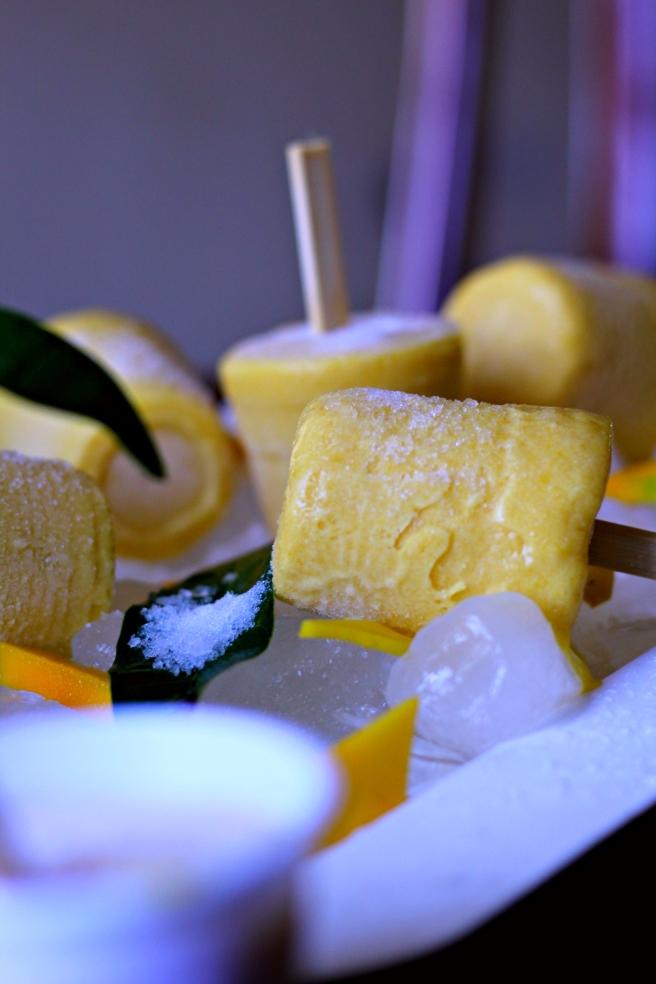 Mango ice loly - AKIU
